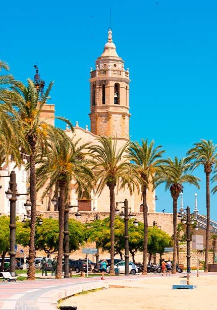 Discover Sitges at its best with our offers for you.
